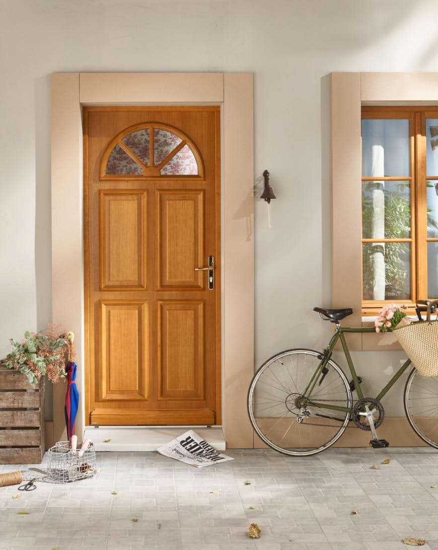Comment isoler une porte d'entrée du froid ?